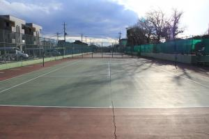 『脚折近隣公園(テニスコート全景)』の画像