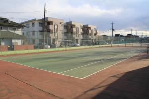 『脚折近隣公園(テニスコートA面)』の画像