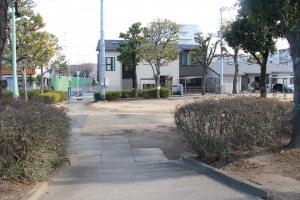 『富士見南児童公園(外観・芝生)』の画像