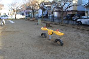 『八幡児童公園(遊具・シーソー)』の画像