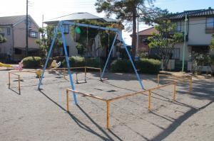 『富士見ハイツ公園(遊具・ブランコ)』の画像