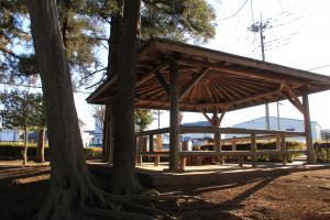 『雷電池児童公園(東屋)』の画像
