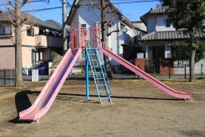 『北口児童公園(滑り台)』の画像