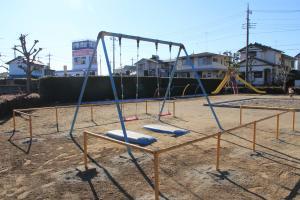 『北ヶ谷戸児童公園(ブランコ)』の画像