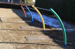 『北ヶ谷戸児童公園(鉄棒)』の画像