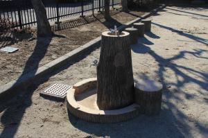 『下向児童公園(水飲み場)』の画像