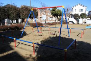 『羽折児童公園(ブランコ)』の画像