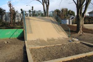『向児童公園(滑り台)』の画像
