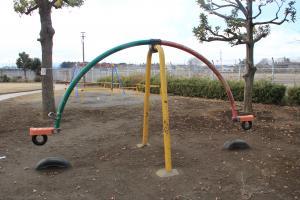 『鶴ヶ丘児童公園(シーソー)』の画像