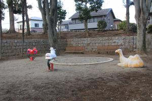 『鶴ヶ島南近隣公園(砂場、ライドタイプ)』の画像
