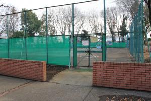 『鶴ヶ島南近隣公園(テニスコート入口)』の画像