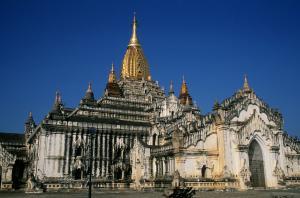 『アーナンダ寺院』の画像