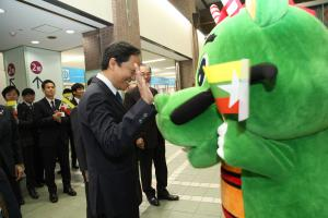 『市長表敬訪問3』の画像