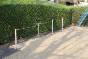 『池の台東第一公園(鉄棒)』の画像