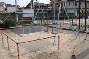 『鶴ヶ丘西公園(ブランコ)』の画像