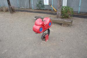 『鶴ヶ丘西公園(遊具)』の画像