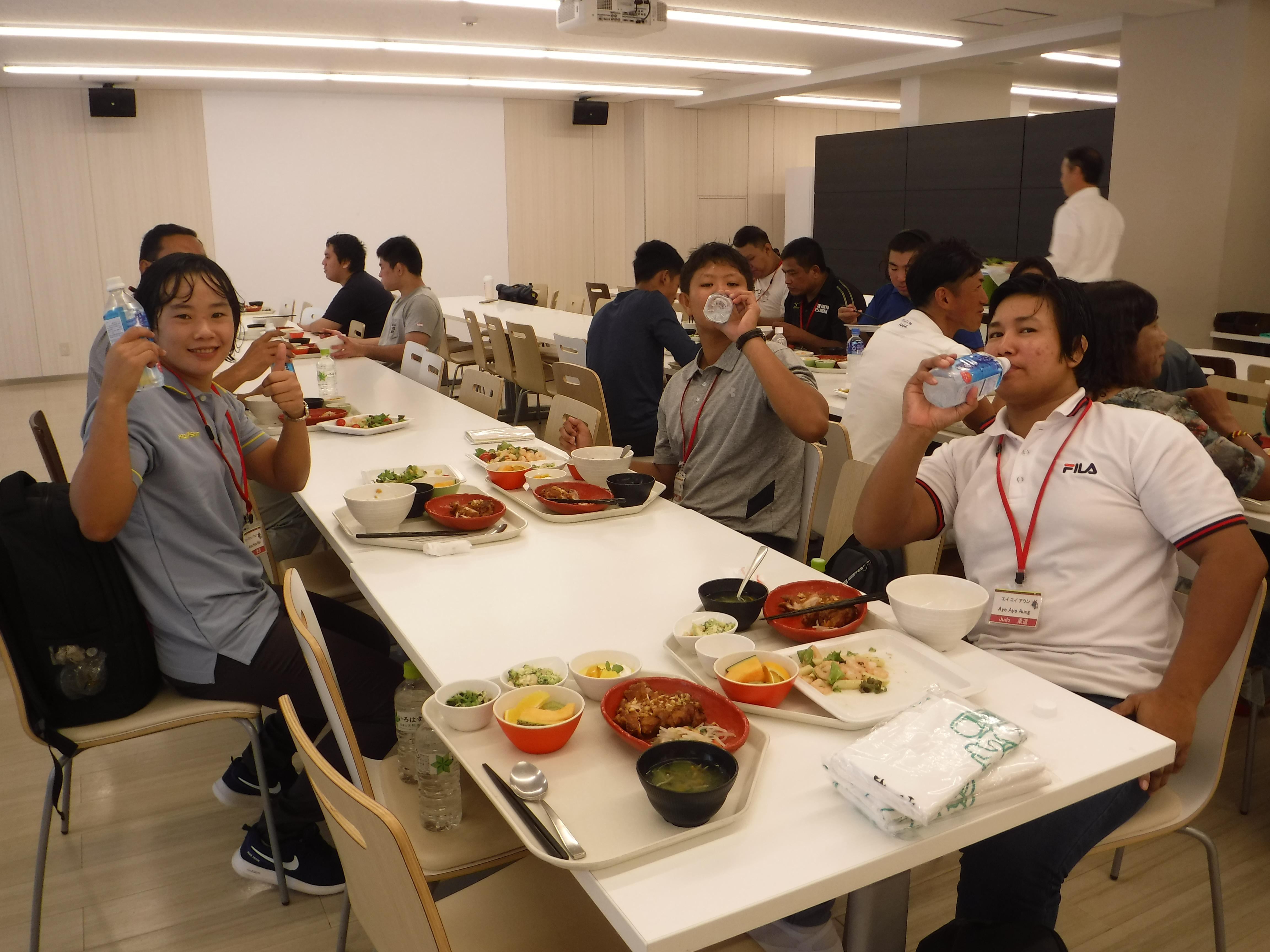 『城西昼食』の画像