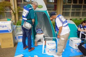 『避難所仮設トイレ』の画像